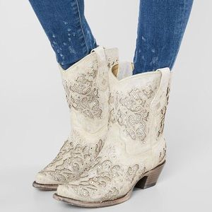 Corral Women's Metallic Glitter and Crystal Boots